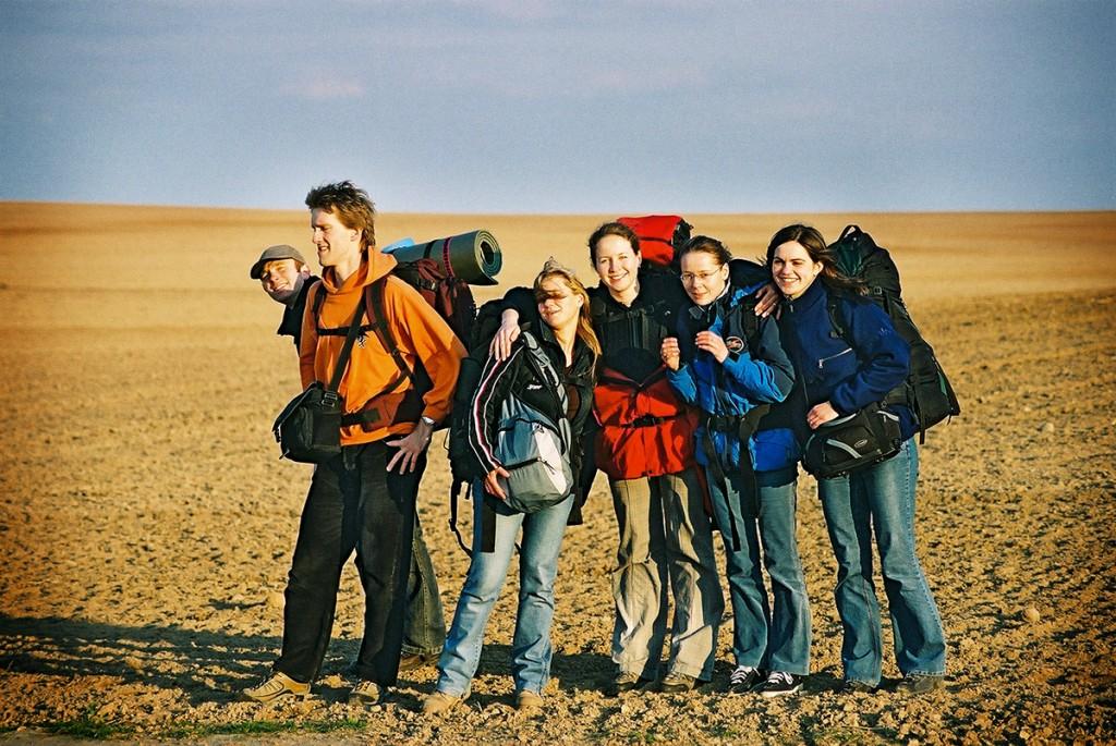 Białoruś 2005 - Pierwsze dwie z prawej:  dziewczyny mamaFoto.pl