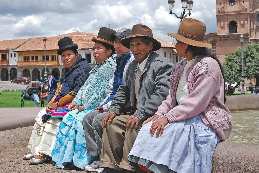 Cuzco. Panie tu noszą gustowne kapelusze