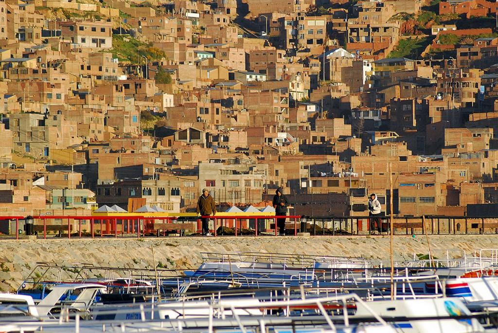 Puno i marina na Titicaca